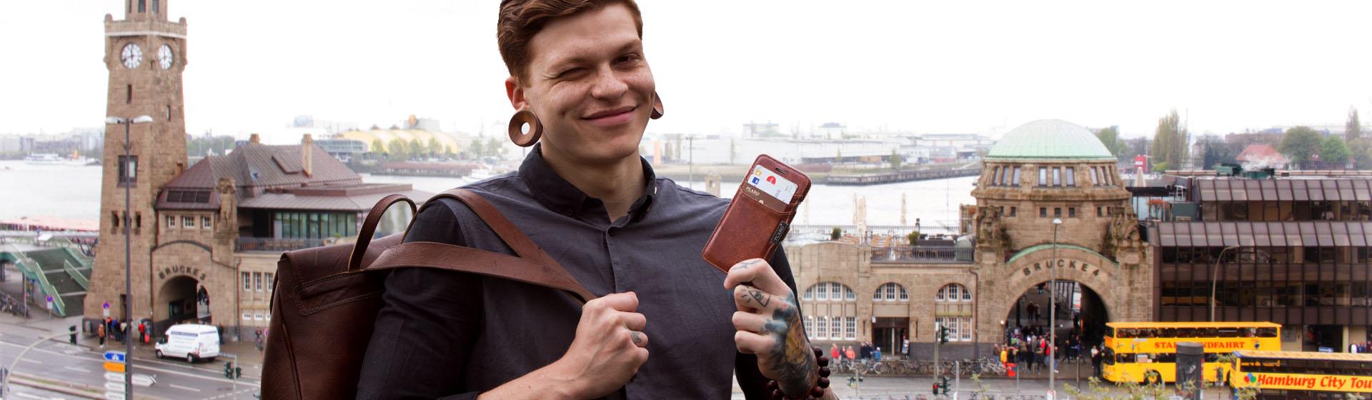 PCARO® European Jazz - Handyhüllen und Tablet-Hüllen aus Leder